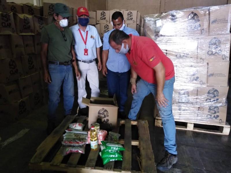 <b>MIL 379 ESCUELAS SON ATENDIDAS POR MERCAL EN EL ESTADO PORTUGUESA<b>